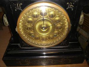 Antique Iron Clock for Sale in Lutz, FL