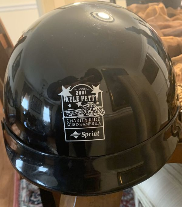 Classic Genuine Victory Motorcycle Helmet Asking - NEW! $39 or Best Offer!s
