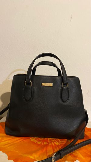 Kate spade ♠️ crossbody handbag for Sale in Santa Ana, CA