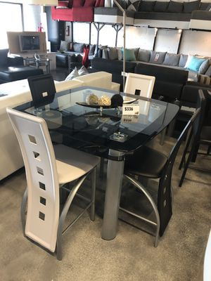 5pc Valencia Dining Set for Sale in Hialeah, FL