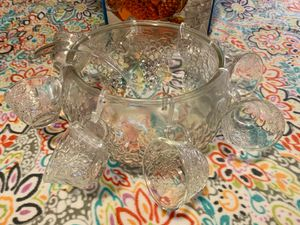 Vintage punch bowl includes entire set. for Sale in Vancouver, WA