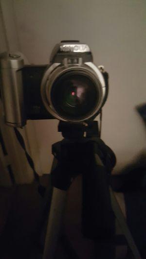 Minolta camera with tripod for Sale in Punta Gorda, FL