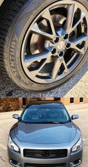 Price$1200 Nissan Maxima for Sale in Marshalltown, IA