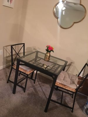 Dinette table and 2 chairs for Sale in Atlanta, GA