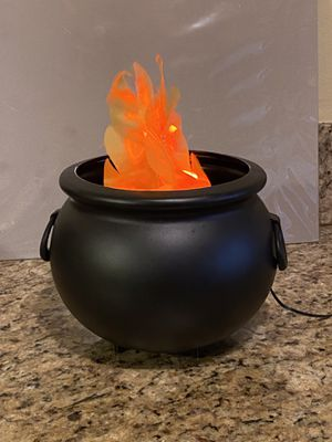 Flaming caldron for Sale in Fresno, CA