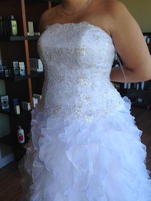 David Bridal Wedding Dress - never worn for Sale in Parkton, MD