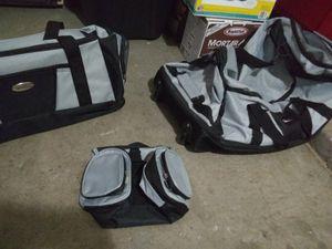 3 piece duffle bag set for Sale in Phoenix, AZ