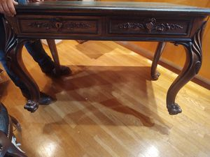 Antique desk 1800's claw feet, for Sale in Long Beach, CA