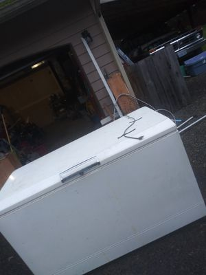 Deep chest freezer for Sale in Kent, WA