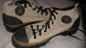 Converse tennis shoes for Sale in Oxon Hill, MD