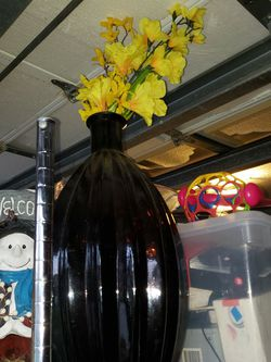 Large Heavy Hallway Vase With Beautiful Yellow Flowers Home Decor for Sale in Boynton Beach,  FL
