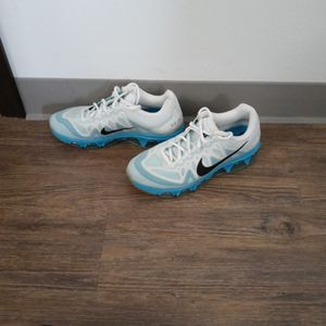Womens Nike Running Shoes Size 8.5 for Sale in Vancouver, WA