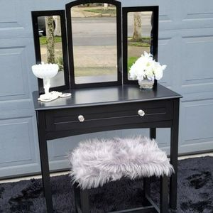 Vanity Set- table,stool, & Mirror for Sale in Hillsboro, OR