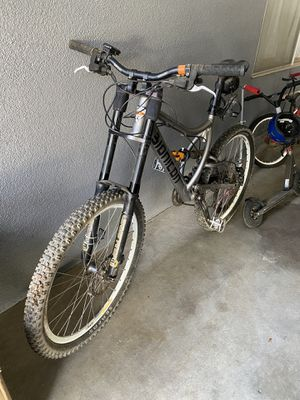 Mountain Bike Bionicon Edison BC for Sale in Fresno, CA