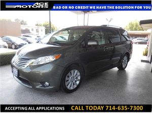 2011 Toyota Sienna Limited Minivan 4D for Sale in Los Angeles, CA