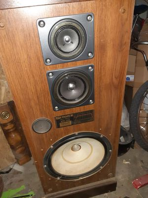 Fisher home stereo speaker best offer for Sale in San Antonio, TX