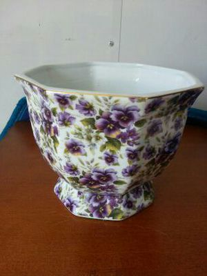 Flower pot holder for Sale in West Palm Beach, FL