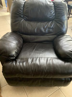 Sofa,love seat and recliner for Sale in Orlando, FL