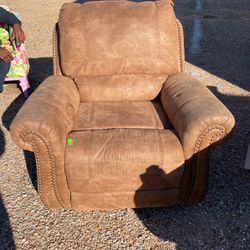 Recliner for Sale in Winters,  TX