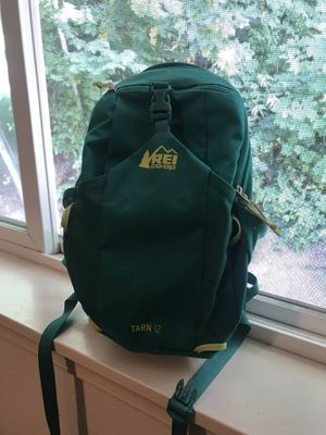 R.E.I. Tarn 12L Kids Hiking Backpack for Sale in Puyallup, WA