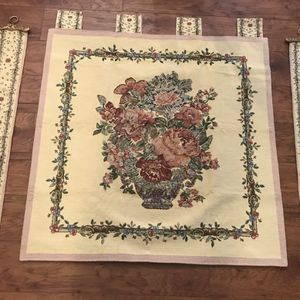 Luxurious 3 Pieces Tapestry With Beads for Sale in Lawrenceville, GA