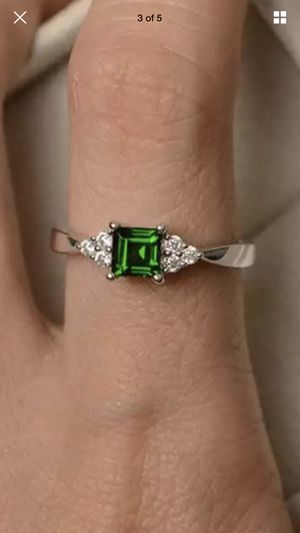 Rings 925 Silver Princess Cut Emerald Ring Size 7 firm price for Sale in San Jose, CA