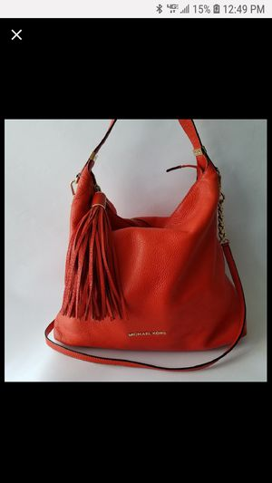Michael kors orange hobo leather bag for Sale in North Brunswick Township, NJ