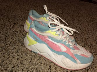 Puma girl Sneakers for Sale in Raleigh,  NC