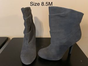 Steve Madden gray suede ankle boots for Sale in Walton, KY