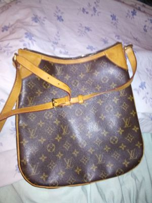 AUTHENTIC LOUIS VOUITON BAG for Sale in Lincoln Acres, CA