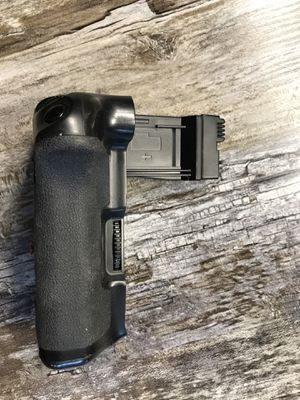 Canon t5i, t4i, t3i battery grip for Sale in Laveen Village, AZ