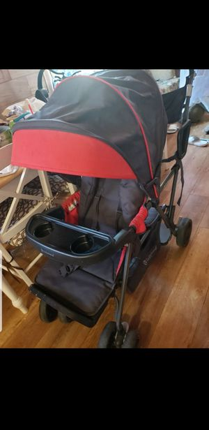 Double stroller siting stand in perfect condition hardly used for Sale in Los Angeles, CA