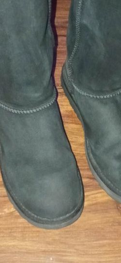 UGG Bailey Suede Tall Boot for Sale in Las Vegas,  NV