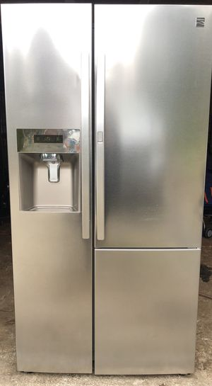Kenmore refrigerator for Sale in Tacoma, WA