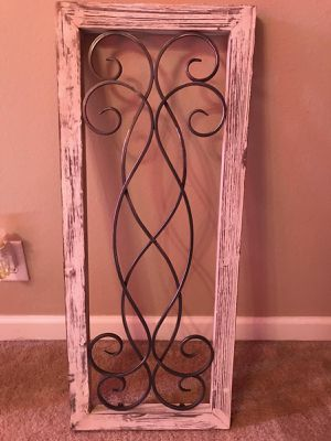 Wood/ rod iron wall hanging for Sale in Murfreesboro, TN