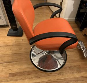 Hair stylist needed . 2 chairs open for Sale in Anaheim, CA