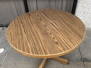 Classic Round Wooden Table for Sale in Cedar Hill, TX
