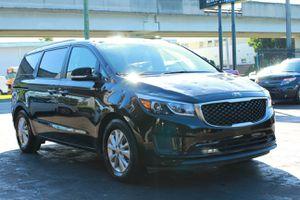 2017 Kia Sedona LX 4dr mini van minivan for Sale in Miami, FL