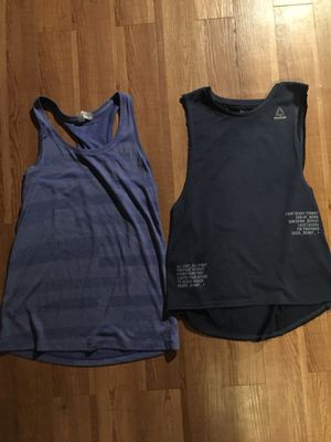 Lot of 2 women's sport tank tops sizes XS and S for Sale in Little Egg Harbor Township, NJ