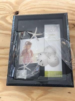 Shadow box for Sale in Riviera Beach, FL