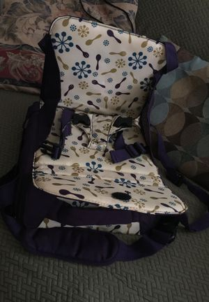 Munchkin portable booster seat for Sale in Littleton, CO