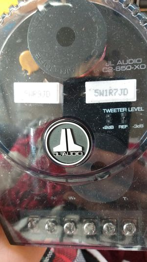 2-Way Crossover car stereo system for Sale in Tacoma, WA