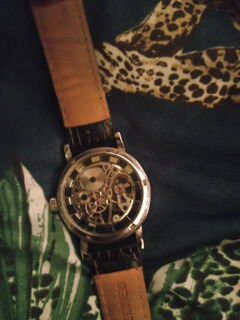 Old vintage watch for Sale in Gary, IN