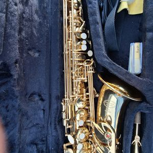 Eb Alto Saxophone for Sale in Beaumont, CA