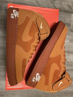 """VNDS RARE NIKE AIR FORCE 1 MID """"DARK RUSSET"""" SZ 11 for Sale in Lorton,  VA"""