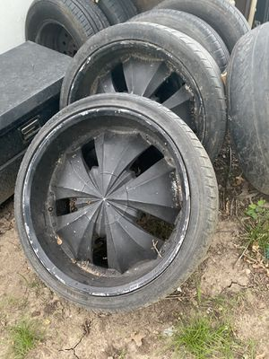 22' Rims 5 lugs for Sale in Dallas, TX