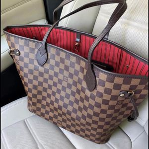 Louis Vuitton Authentic Neverfull for Sale in Pompano Beach, FL