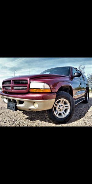 Super clean 2001 Dodge Durango. 4x4! *Third row* seats 8 people ( similar to Chevy Tahoe. Suburban. GMC Yukon. Cadillac Escalade. Ford expedition ) for Sale in Phoenix, AZ