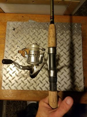 Reel and rod set up for Sale in Goodyear, AZ