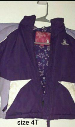 Girls Jacket Size 4t for Sale in Pomona,  CA